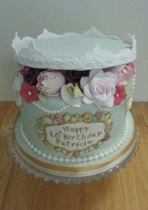 hat box cakes Hat box birthday cake Cake Ideas Pinterest