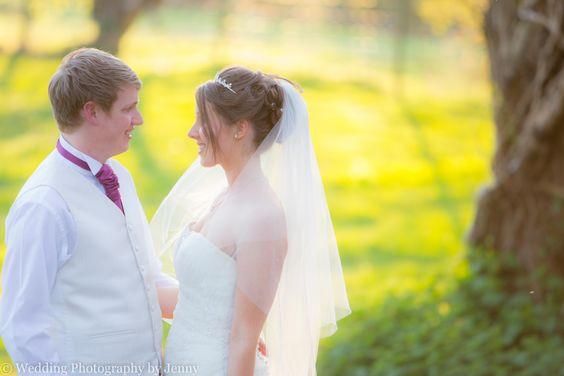 Gorcott Hall wedding photography. Midlands wedding photography. Wedding photography by jenny. www.byjenny.co.uk