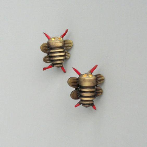 Vintage Bug Schmuck Ohrringe.  Frühe Plastik. Malte von pinguim