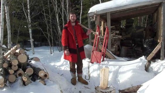 LIVING IN THE WOODS! 19TH CENTURY LIFESTYLE! QC CANADA!