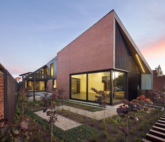 Proyectos: Casa Harold Street  Arquitectos: Jackson Clements Burrows  Ubicación: Melbourne, Australia  Año: 2011 #architecture