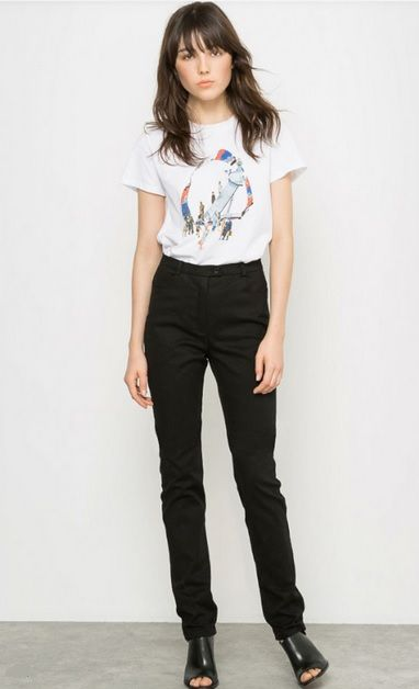 White t-shirt with print+black pants+black mules. Summer evening outfit 2016