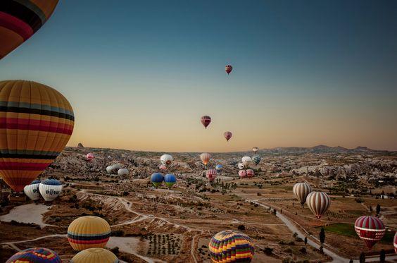 Cappadocia, Central Anatolia, Turkey  #balloons #Cappadocia #Anatolia #Turkey #Maladeviagem