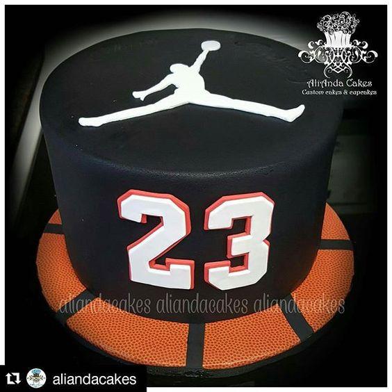 #Repost @aliandacakes with @repostapp ・・・ Micheal Jordan birthday cake. #birthdaycakes #michealjordan #michealjordancakes #23 #airjordan #chicagobulls #basketball #basketballcake @satin.ice @jb_cookie_cutters #AliAndaCakes #justcakeme #customcakes #cakedesigner #cakelove #cakeporn #cakesinthergv #cakeme #satinicefondant #cakeporn #instacakes #cakesta #cakestagram