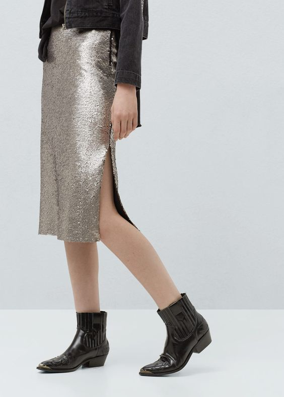 Reversible sequin skirt - Skirts for Woman | MANGO United Kingdom