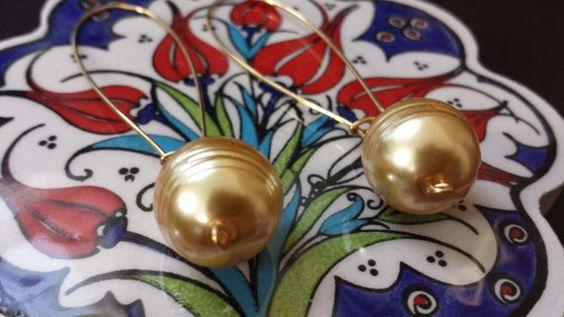 Perfect Pearl Drop Earrings by HandsCraft on Etsy