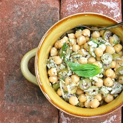 Chickpeas with green olives and garlic www.travellingdietitian.com #thecleanseparation #travellingdietitian