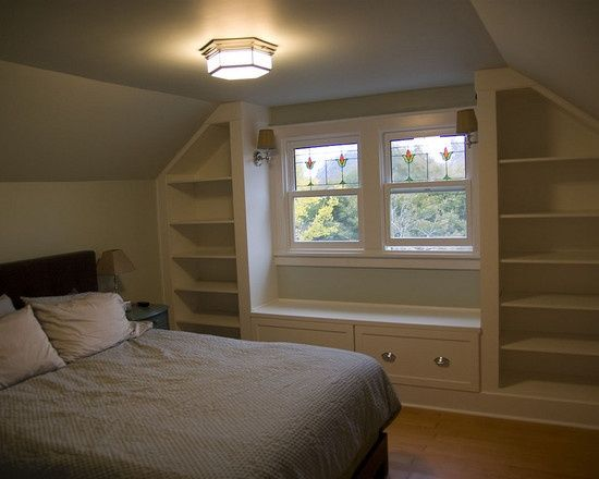 Built-ins with window bench  Bedroom Craftsman Style Ranch Design, Pictures, Remodel, Decor and Ideas - page 16