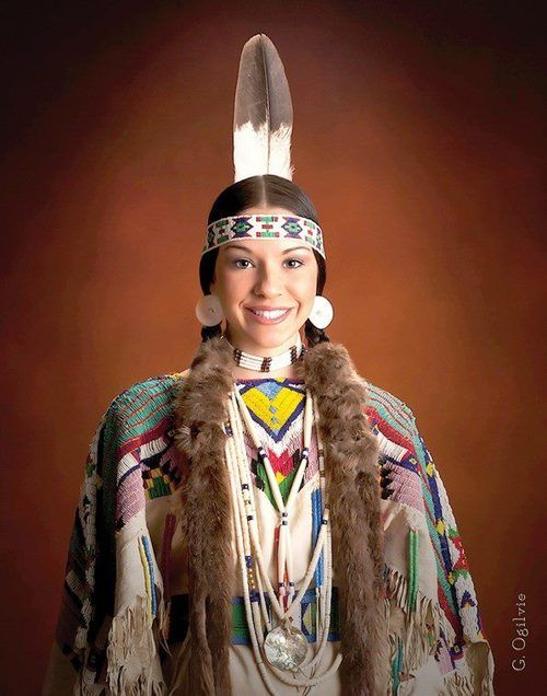 native americans thriving culture The modern native americans try and keep their own cultures alive by bringing in to modern societies their cultural identities why do they choose to live on the reservations, because it's their home.