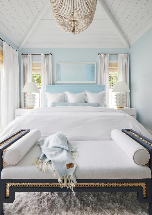 50 Favorites For Friday Beach House Bedroom White Beach Houses Home Bedroom