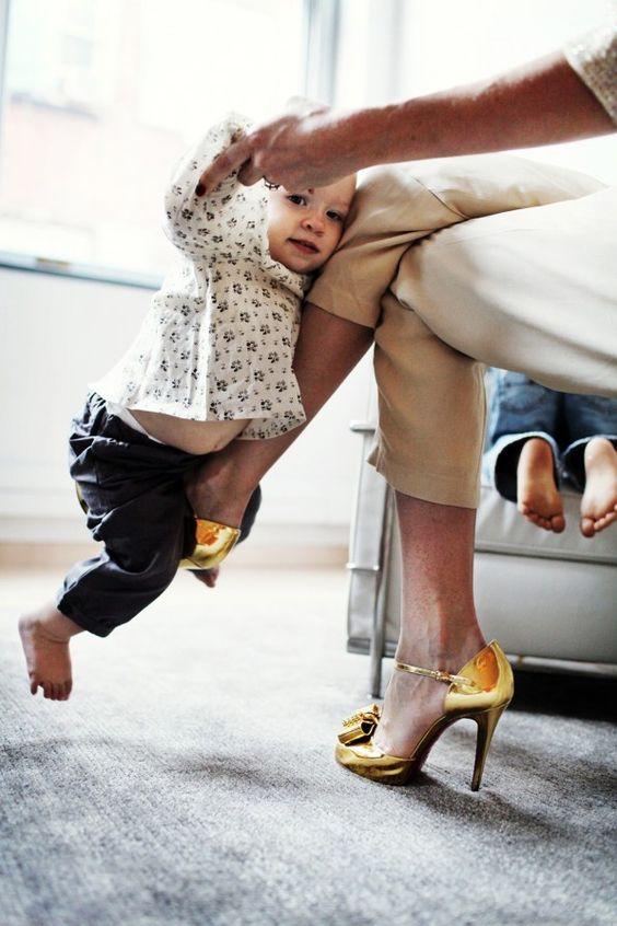 baby + high heels= stylish motherhood!