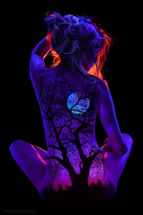 body painting fluo                                                                                                                                                      Más