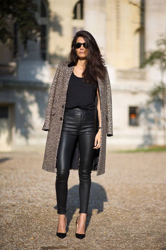 250 street style outfits you'll want to copy this fall from Paris Fashion Week.:
