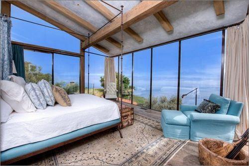 dormitorio-con-vista-al-mar