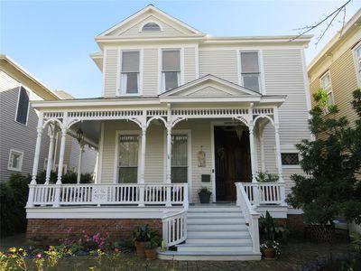 Zestimate Home Value 360 899 Fenced In Yard Galveston