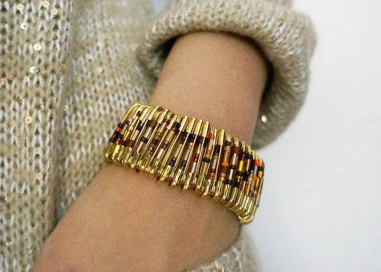 Pulseira de alfinetes de segurança.  Get Crafty! Chic Safety Pin Bracelet
