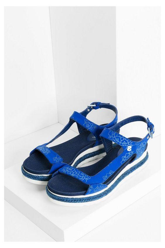 Blauwe sandalen met witte zool | Desigual.com 5006