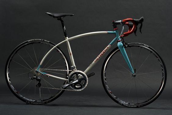 Retrotec Cycles Half