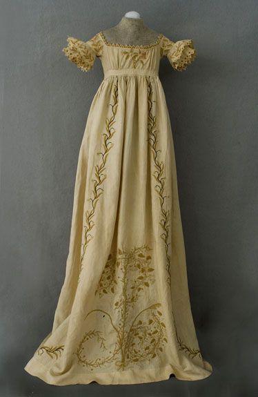 Regency ball gowns | Child's Regency Dress at Vintage Textile: A Superb Vintage Clothing ...