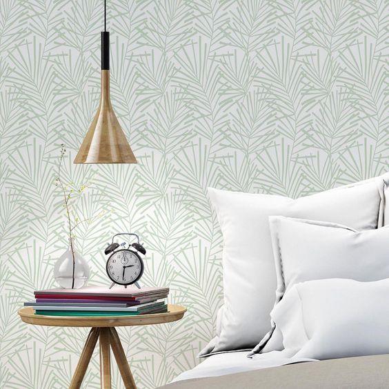 Leroy Merlin Papel pintado fabricado en tejido no tejido de superficie vinílica y encolado sólo a pared. Arrancable en seco. Superficie a cubrir: 5,3 m2.