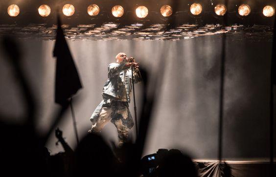 "Watch Kanye's Full Glastonbury Set, Feat. Justin Vernon, A Stage Crasher, & ""Bohemian Rhapsody"" - Stereogum"