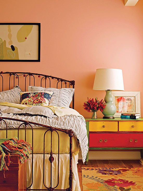Decorating With Color Expert Tips Bedroom Vintage Peach Bedroom Bedroom Orange Vintage bedroom ideas color