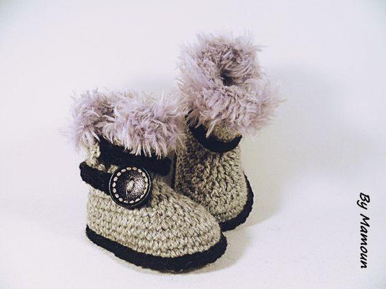 Chaussons bottes bébé crochetées main (0-3 mois) les petites fourrées grises…