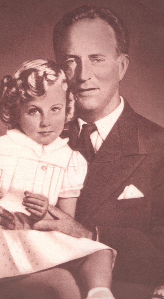 Le roi Léopold III et la princesse Marie-Christine. revue Le patriote illustré 26 décembre 1954 n°52 (scanner une partie de la couverture).
