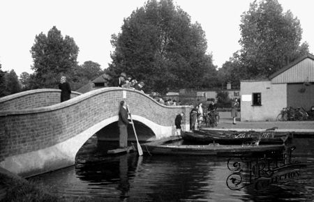 Old photo of The Bridge, Wicksteed Park c1955, Kettering