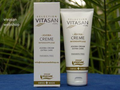 Vivasan Jojobacreme mit naturreinem Jojoba-Öl eigent sich vor allem zur Pflege von die sehr trockener und welker Gesichtshaut und zur Pflege der Hände und des gesamten Körpers.