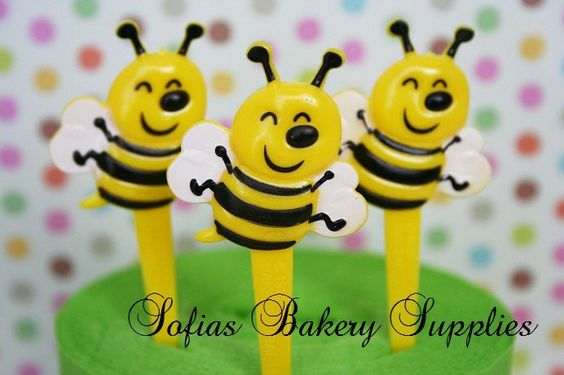 Bumble Bee cupcake decorations picks 12 by sofiabakerysupply, $3.49