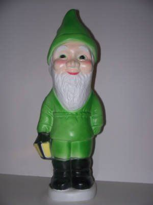 a st. patricks day garden gnome