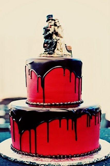 Halloween Wedding Cake, this has a very dark romantic air to it,