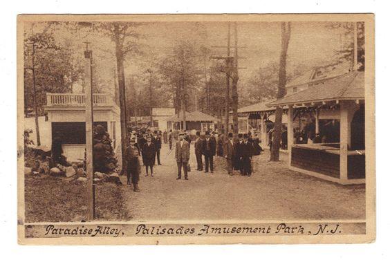 Palisades Amusement Park New Jersey Paradise Alley Antique Postcard (J3769)