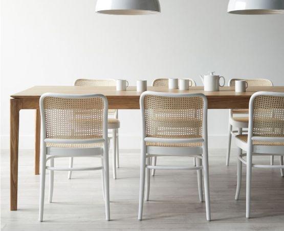 811 Bentwood Dining Chair In White By Ton Cz Esszimmer Zimmer Essen