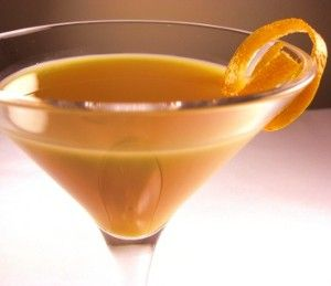 A delicious recipe for Fuzzy Comfort, with rum, sloe gin, Southern Comfort peach liqueur, peach schnapps and orange juice.