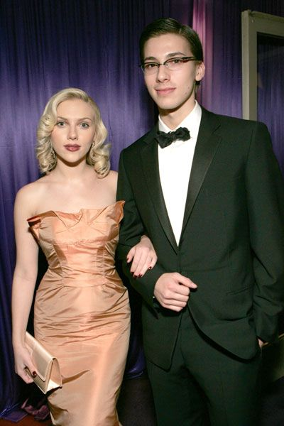 Surprising Celebrity Twins, 14 Most Romantic Movie Lines ...