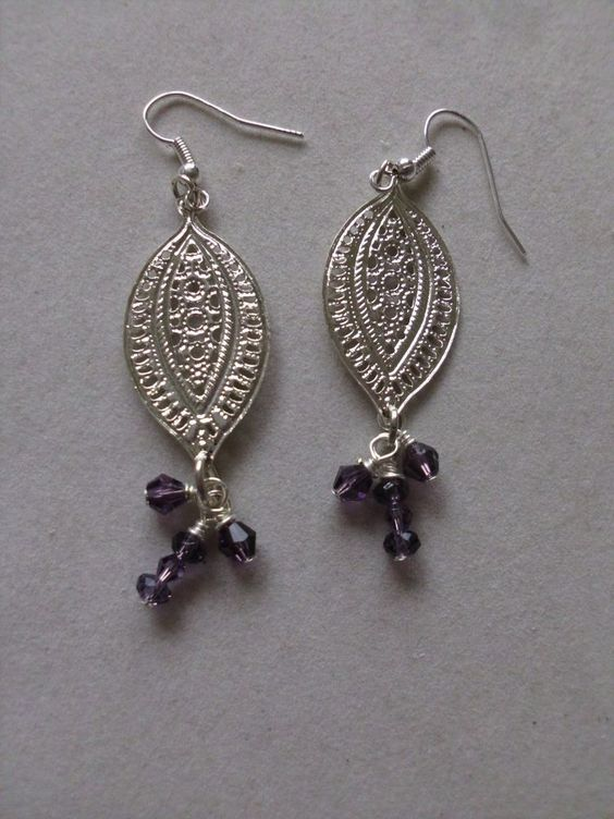 Aluminum Silvertone Frame w/Small Purple Beads Pierced Dangle Earrings (New) #DropDangle