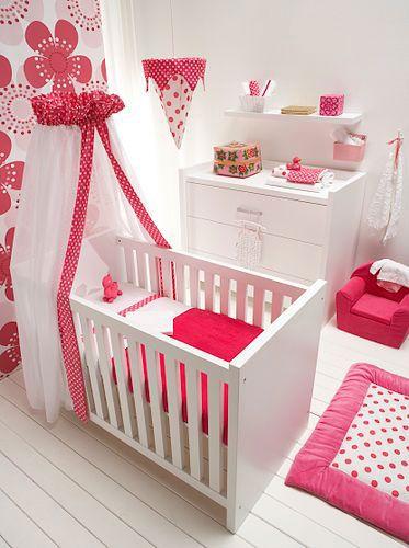 que lindo cuarto para una beb