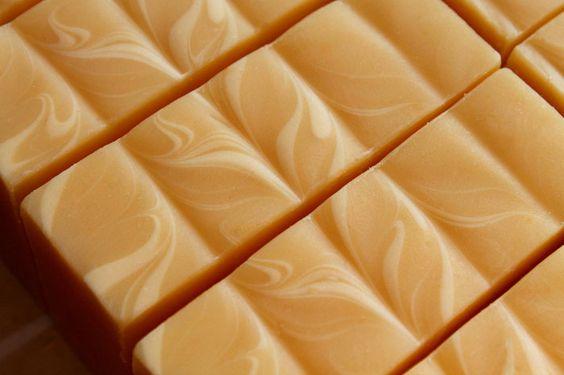 Tierra Verde Handmade Soaps   Earthly delights for your skin.
