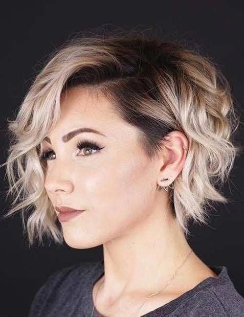 احدث 15 قصات شعر قصير مدرج فرنسي للوجه الدائري و البيضاوي The Latest 15 Short French Hairst Short Hair Trends Thick Hair Styles Short Hair With Layers