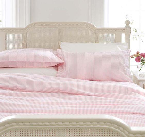 Pink And White Striped Duvet Like Eloise Emmy 39 S Room Ideas Pinterest Duvet Covers