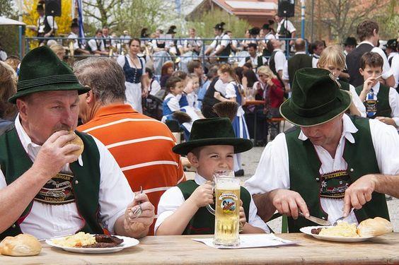 #Beergarden #Bavaria #Bayern #Tradition