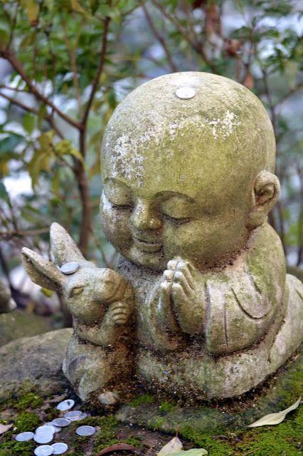 Funky sunday funky japan miyajima l 39 ile aux daims for Statue bouddha exterieur pour jardin