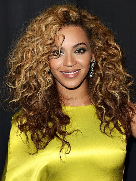SEXIEST CURLS photo | Beyonce Knowles: