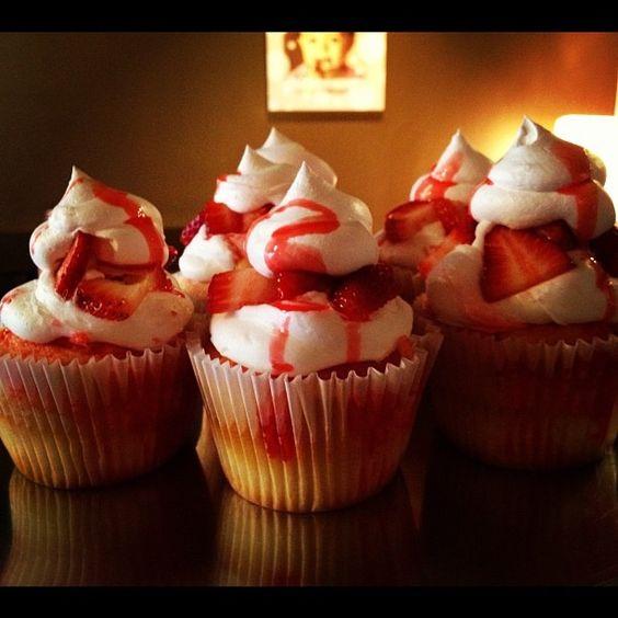 Strawberry Shortcake Cupcakes from BBI's Smallcakes brand: Bbi S Smallcakes, Strawberry Shortcake Cupcake, Shortcake Cupcakes, Bridal Showers Luncheons, Mmm, Drinks Snacks, Food Drinks