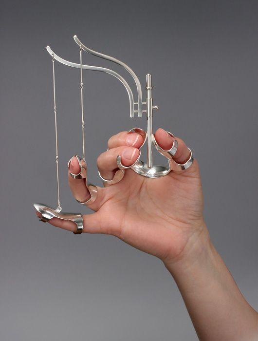 artist; Jennifer Crupi body communication jewellery objects material; silver metal