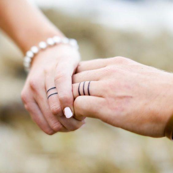 evlilik dövmesi
