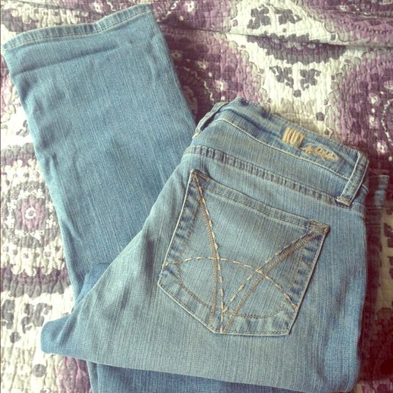 Light Blue Denim Jeans NEVER WORN! Denim, straight leg, slim fit  Katy Boyfriend Jeans KUT Jeans