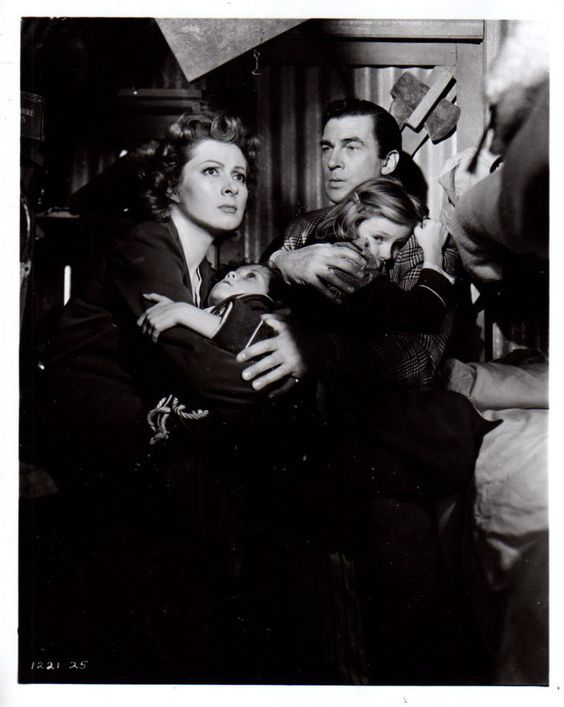 Greer Garson and Walter Pidgeon